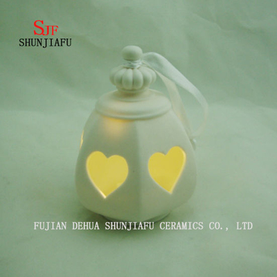 Shape of Heart-Shaped Lantern Candlestick (S)